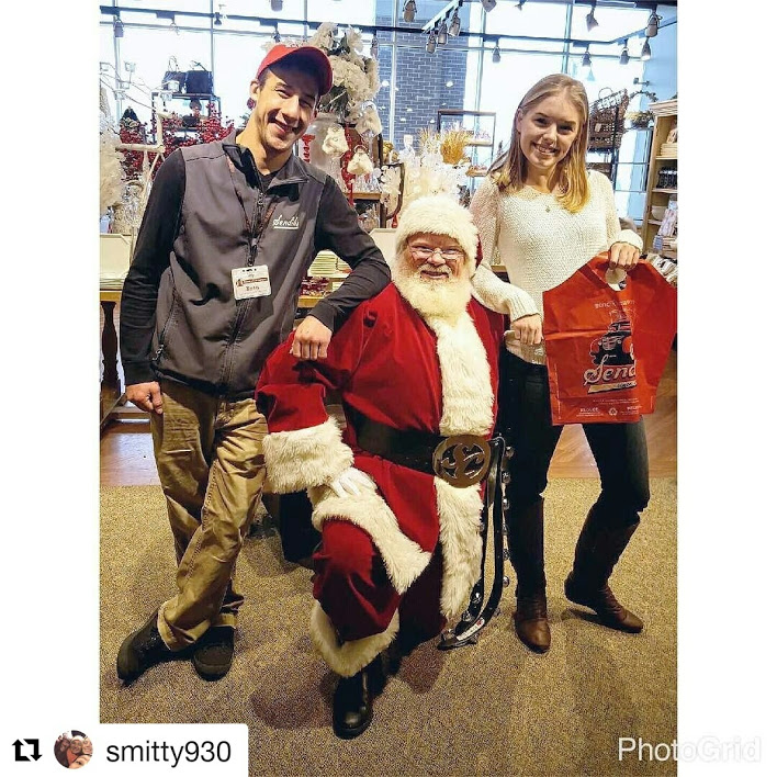 corporate-event-with-santa